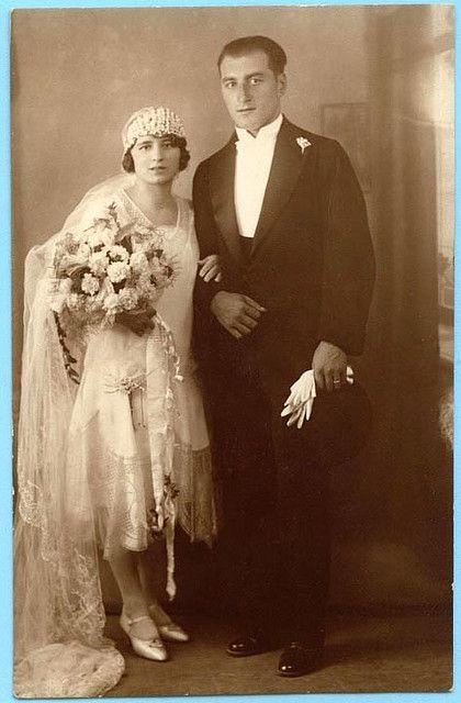 Bride and groom, 1920s wedding found photo print dress fashion style