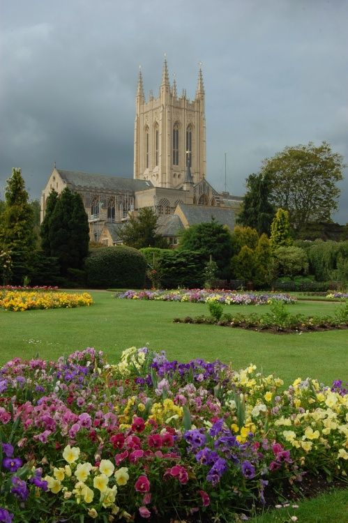 Bury St Edmunds Cathedral, UK--my favorite hideaway in all of England --Love this city!
