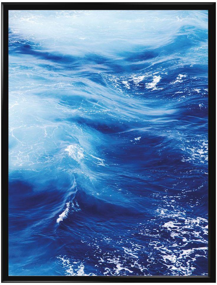 """Vi har valt att kalla denna poster """"La Mer"""", som betyder hav på franska. Det är…"""