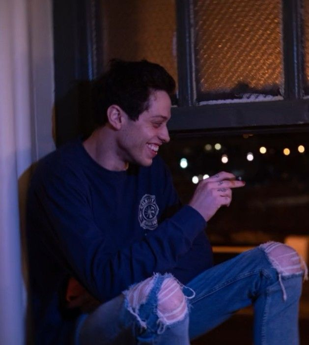 Credits Of The Stand Up Pete Davidson Alive From N Y In 2020