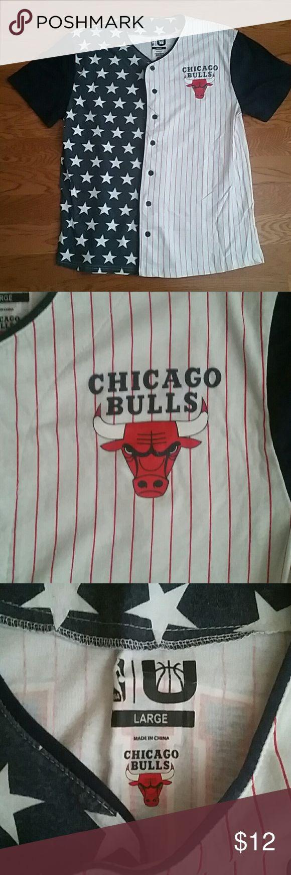 NBA Chicago Bulls shirt, L few times, in great condition NBA Shirts Tees - Short Sleeve