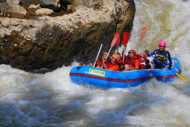 Rafting Dosen dan Staf FISIP UNS