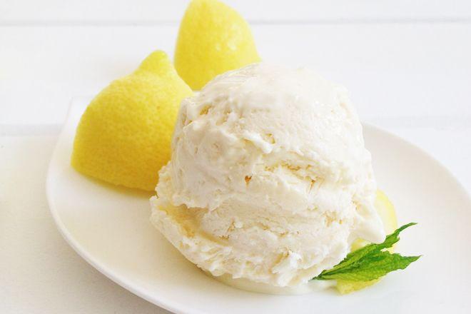 Παγωτό καρύδας με λεμόνι