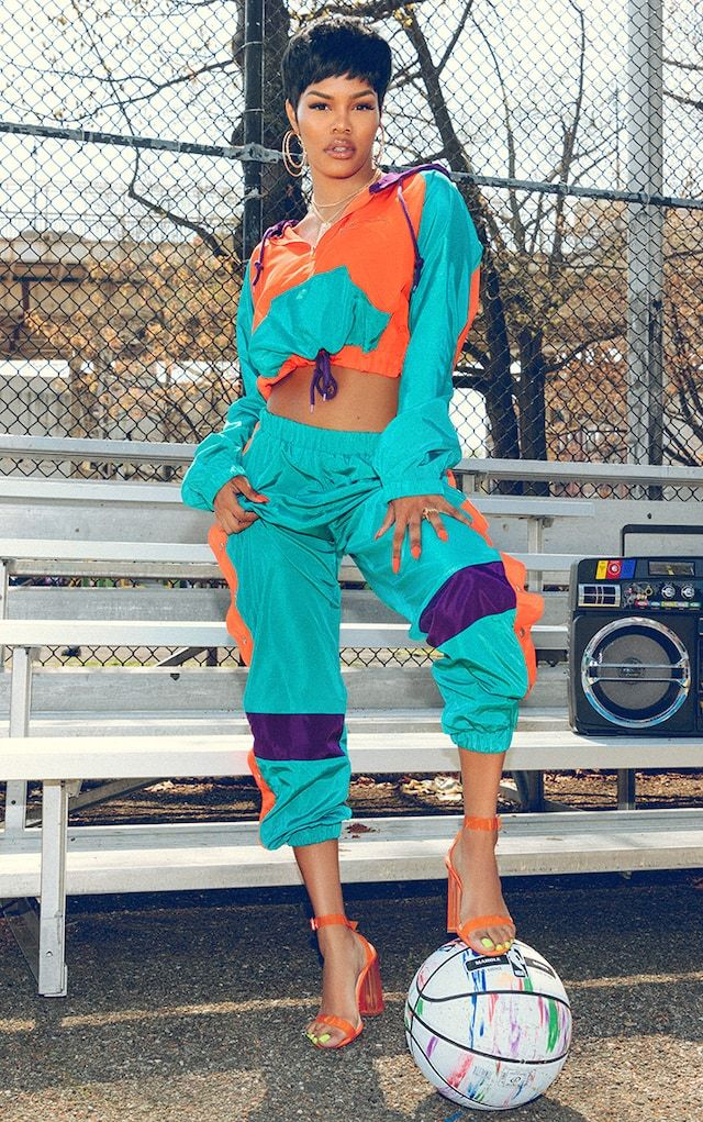 KARL KANI Green Popper Joggers | Taylor outfits, Black girl fashion, 90s fashion outfits