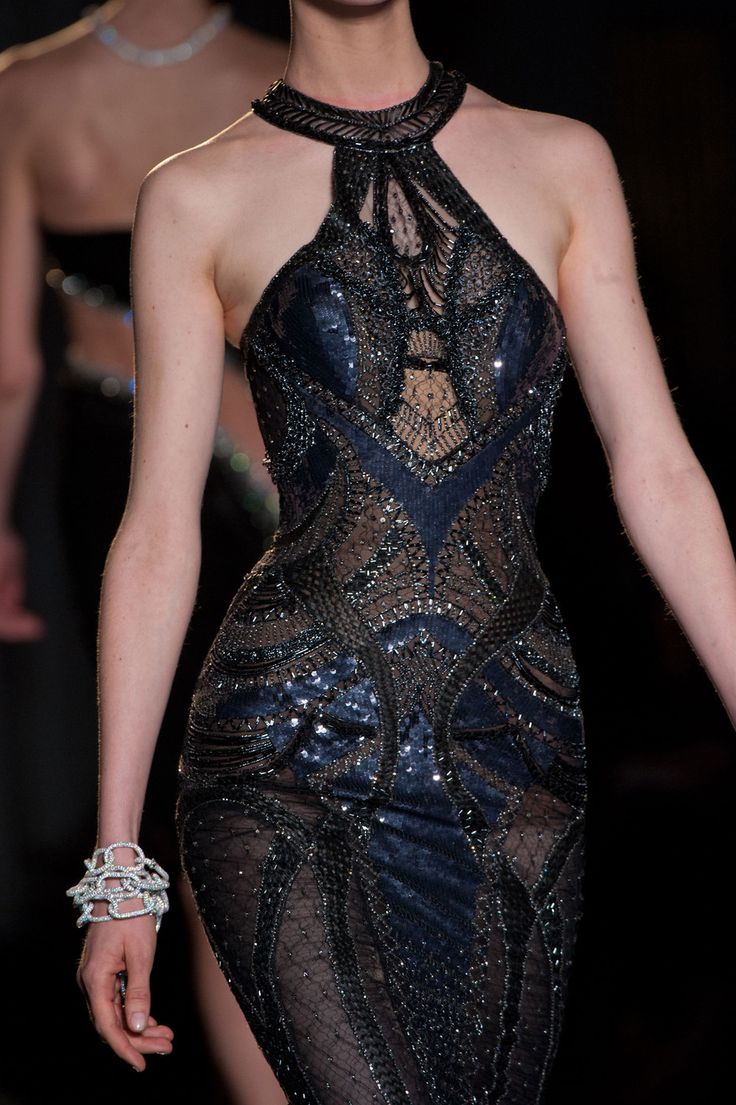 Oh the beading on this dress!Versace - Fall 2013<3