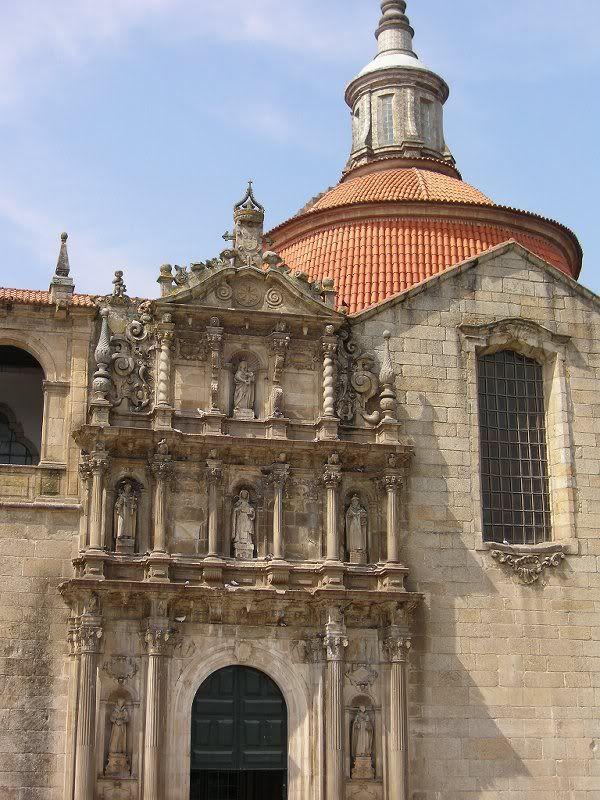 Pórtico do Convento de S. Gonçalo, Amarante - Portugal