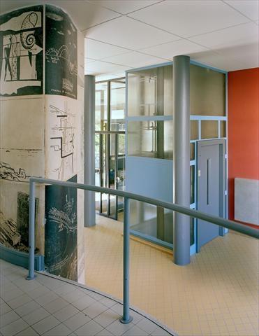 197 best images about le corbusier on pinterest le for Pavillon moderne construction