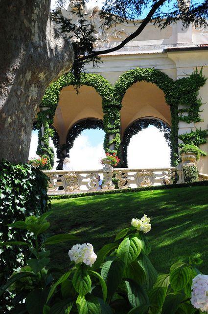 Villa Balbianello, Italy  by kearnine