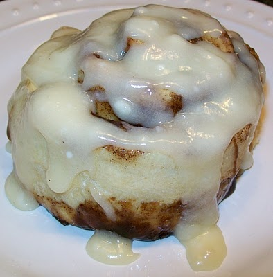 Bobbi's Kozy Kitchen: Better than Cinnabon Cinnamon Rolls. Pinning this for the cream cheese frosting glaze to use with my own awesome cinnamon roll recipe (I usually don't frost them, but this sounds yummy)
