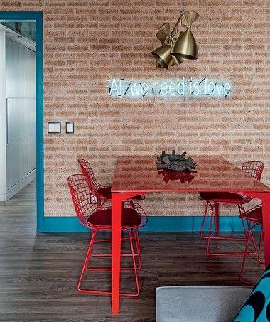 mesa-e-cadeiras-vermelhas-sala-de-jantar