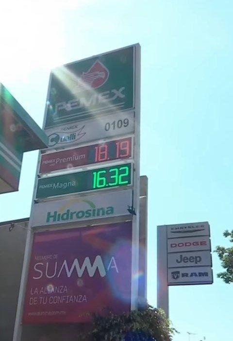 Se vende 17.99 pesos por litro la gasolina Premium