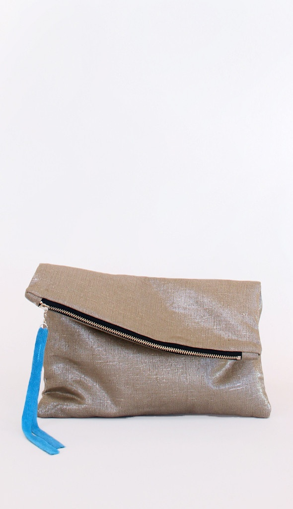 oversized metallic linen clutch ++ marketa new york
