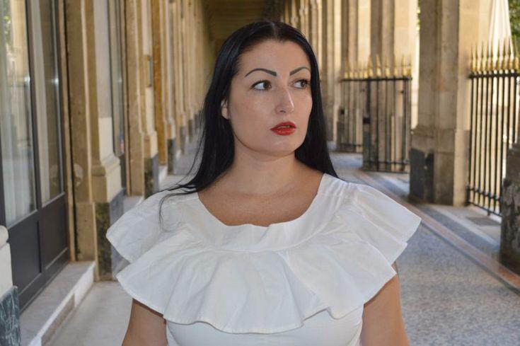 blog-mode-melolimparfaite-look-robe-blanche-frou-frou-blanche-asos-portrait