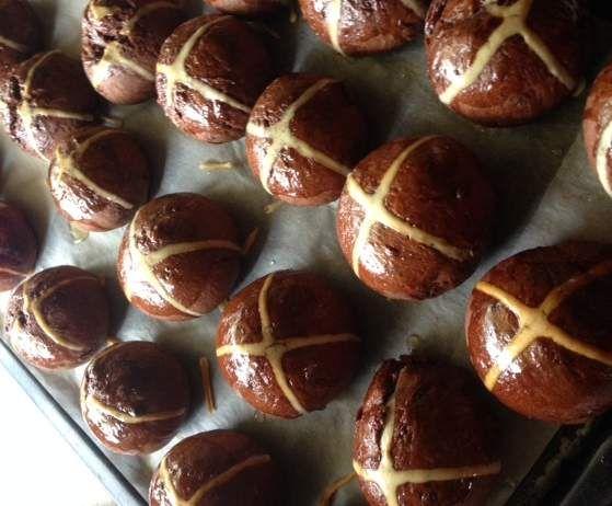 Recipe Chocolate Cranberry Mini Hot X buns by assenav