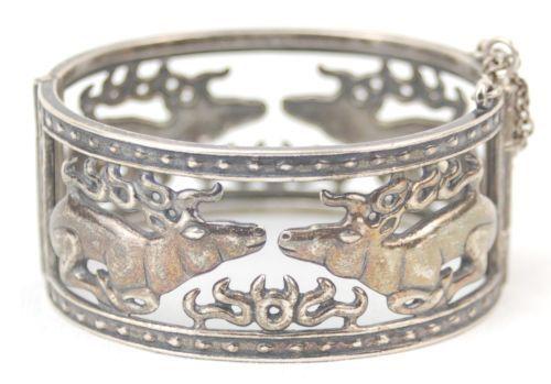 Makela-for-Kalevala-Koru-of-Finland-Sterling-Silver-Hinged-Bracelet-Sitting-Elk