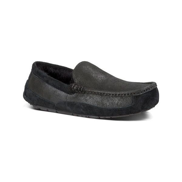 Men's UGG Ascot Bomber Slipper - Bomber Jacket Black Casual featuring polyvore, men's fashion, men's shoes, men's slippers, casual, comfort slippers, mens shoes, mens slippers, mens fleece lined slippers, mens fur lined shoes and mens black shoes