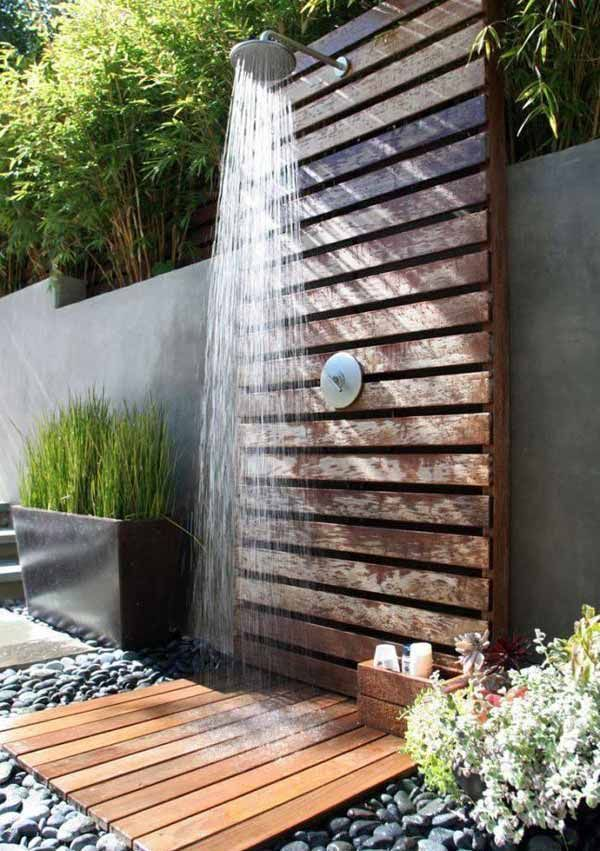 Wooden Pallets Made This Outdoor Shower. Cool!