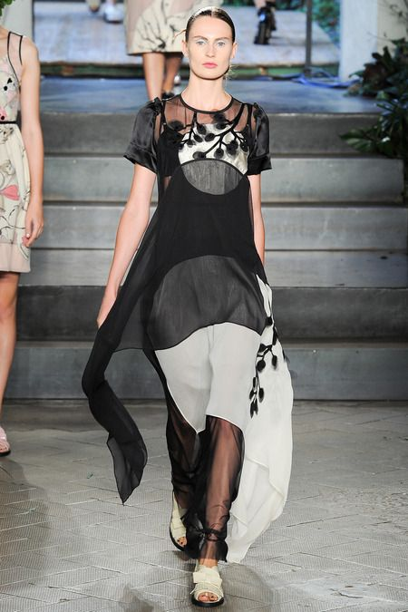 Antonio Marras Spring 2014 Ready-to-Wear Collection Slideshow on Style.com  placement  of the print