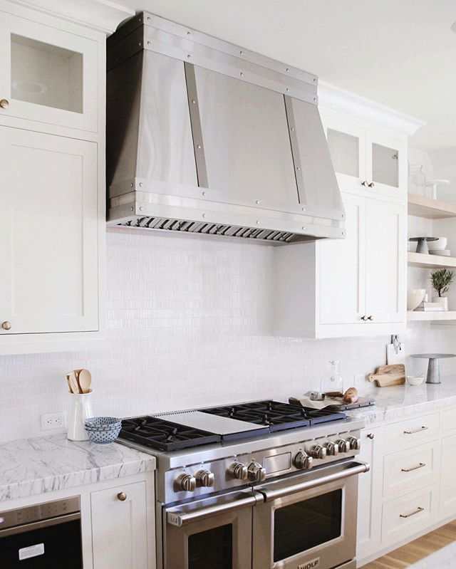 Best 25+ Kitchen Hood Design Ideas On Pinterest