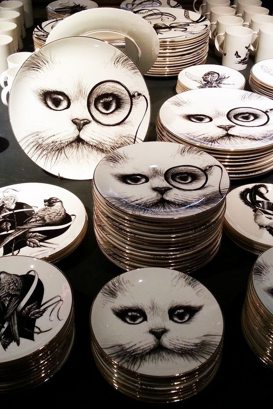 cat plates ❤️ Learn more about #cats ! --> Ozzi Cat Magazine + Cat Behaviour Consulting --> Click to get your copy now! >> http://OzziCat.com.au ❤️