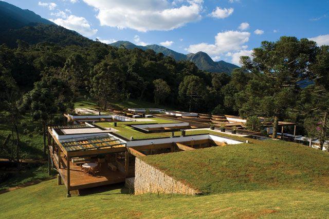 замаскированный дом в Бразилии