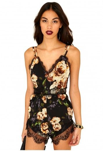Annissa Printed Eyelash Lace Trimmed Playsuit - Playsuits - Missguided