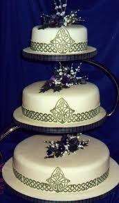 Scottish Wedding Cake. I kinda like the look of this cake for the wedding.