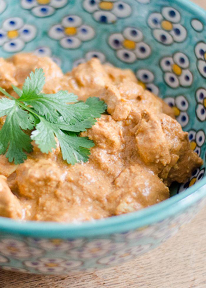Mijn favoriete Indiase gerecht in een gezonde paleo variant: paleo crock-pot kip tikka masala. Om van te watertanden!
