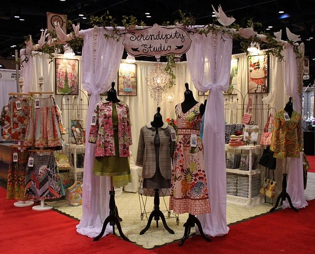Gorgeous show display | great craft booth ideas love the round maybe use poly pipe?!?