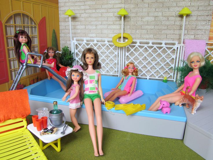 Pool Party In The Backyard Of Barbie 39 S 1963 Dream House This Barbie Pool Set Is From The 1980 39 S