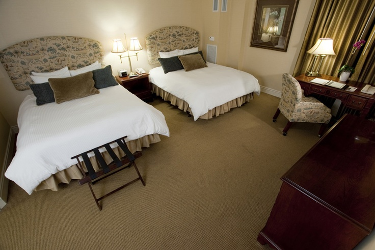 Double queen room at 74 state hotel downtown albany 39 s for Boutique hotel 74