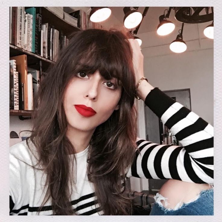 Bonjour to all! My name is Violette and I am a Parisian makeup artist living in New York. I've studied art all my life and am self-taught in makeup. I work i...