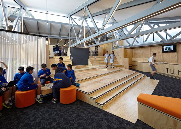 St Monica's College Library in Melbourne / Branch Studio Architects adds timber-clad extension