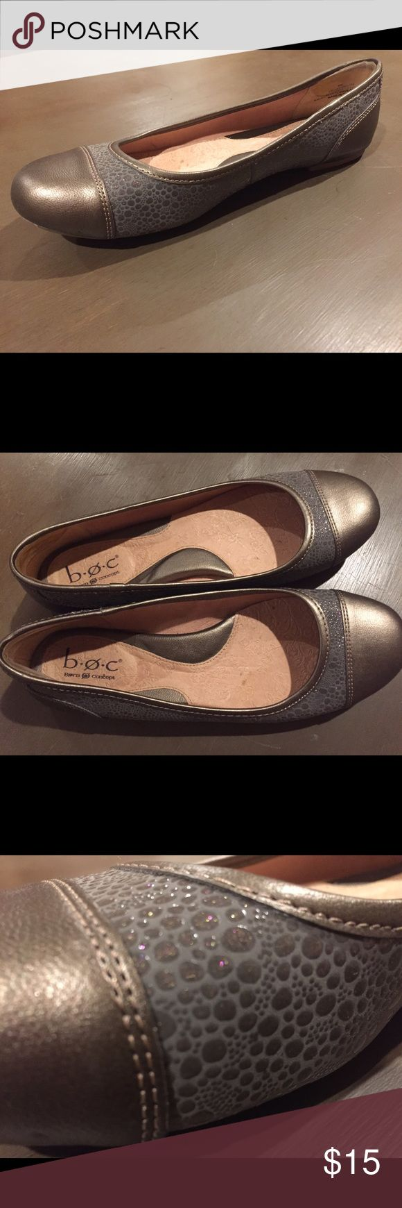 b.o.c by Born ballet flats b.o.c by Born. Grey and metallic ballet flats. b.o.c. Shoes Flats & Loafers