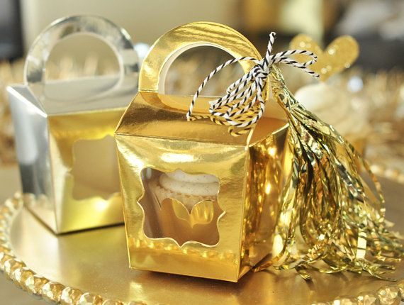 Gold favor boxes will send guests off with a sweet treat. Metallic Gold Cupcake Boxes by Mod Party