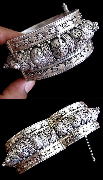 Handcrafted contemporary traditional Yemenite fine filigree sterling silver bracelet | 1,050$