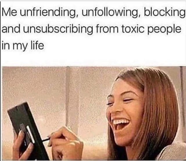 Pin By Xizzle On Meme Genuine People Quotes Toxic People Funny Memes