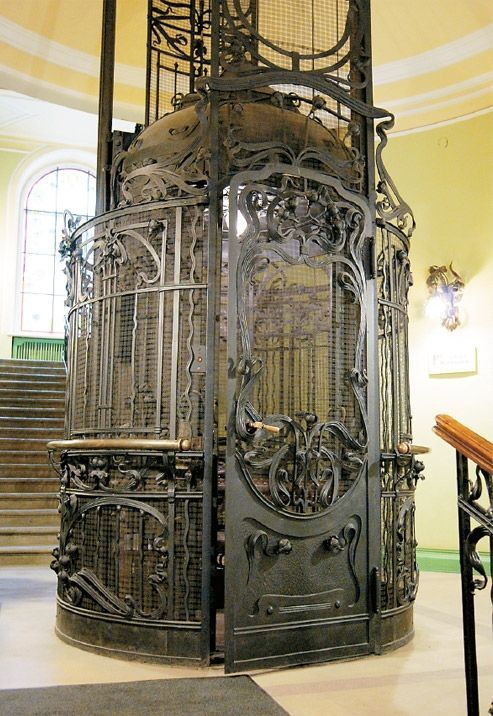 Art nouveau elevator. Metall. Pixodium - Selected pictures blog organized in thematic feeds. All images on this website are found in internet and presented with reference link to the source..
