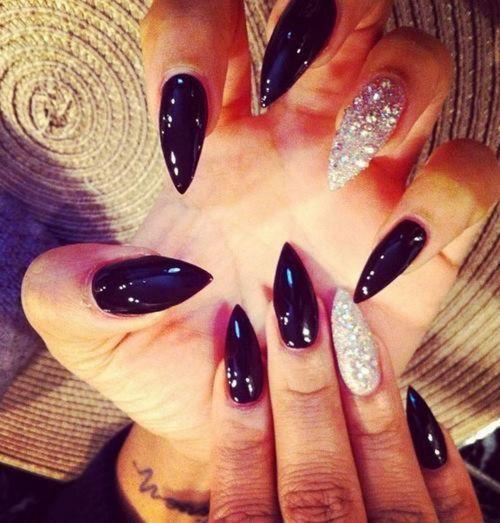 glossy black + silver glitter(rhinestones Stiletto Nails