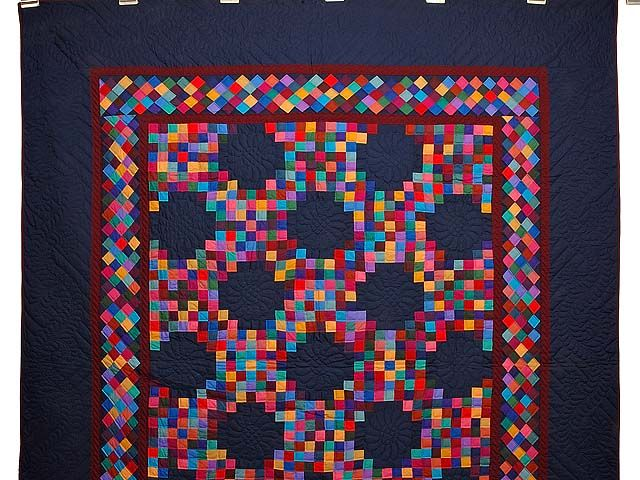 Almost Amish Triple Irish Chain Quilt Photo 2