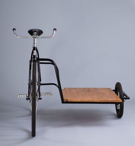 Sidecar Bicycle é l'ultima creazione di Horse Cycles, una realtà artigianale basata a Brooklyn NY, e si tratta di una bicicletta in acciaio cro.mo realizzata unendo a questa una struttura dello stesso materiale a formare un unico telaio. Il risultato...
