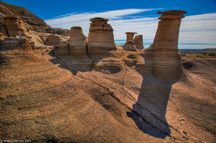 The Hoodoos of Drumheller, Alberta! So fascinating! #travel #photography #TravelAlberta