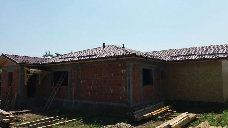 Constructii case zidarie cu caramida, la rosu -  constructia casei de la...