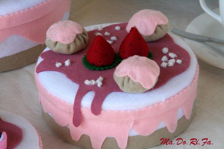 scatola-torta fragola e panna