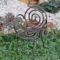 Paperclip Chair #fairy_garden #paperclip_chair #tiny_garden