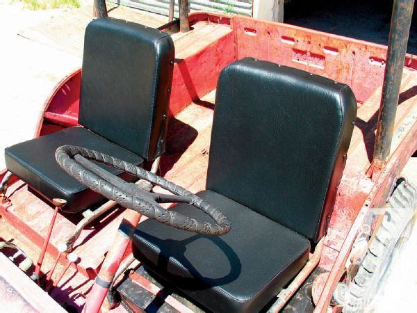 Improved Early CJ Seating With A Classic Look - Jp Magazine