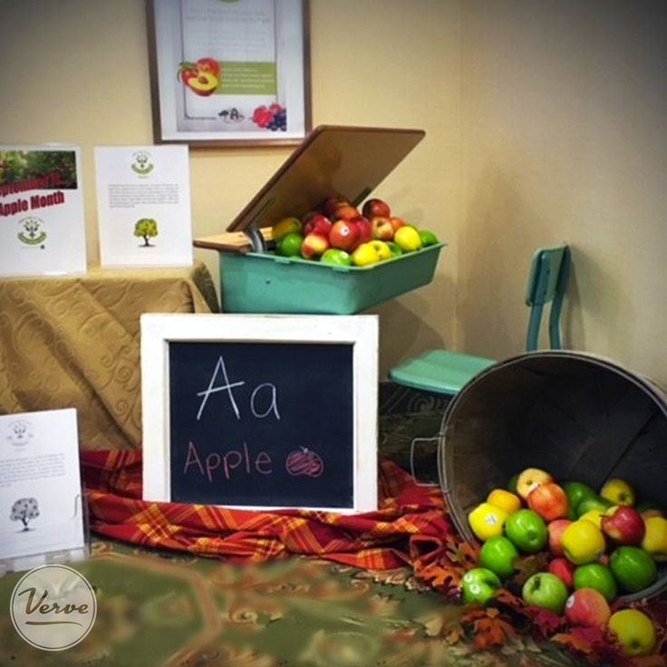 October is Apple month at Stouffville Creek Retirement Residence and our living loving local table is an A+