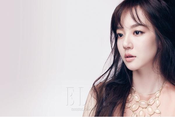 Im Su Jeong (임수정)   Neutral Tones
