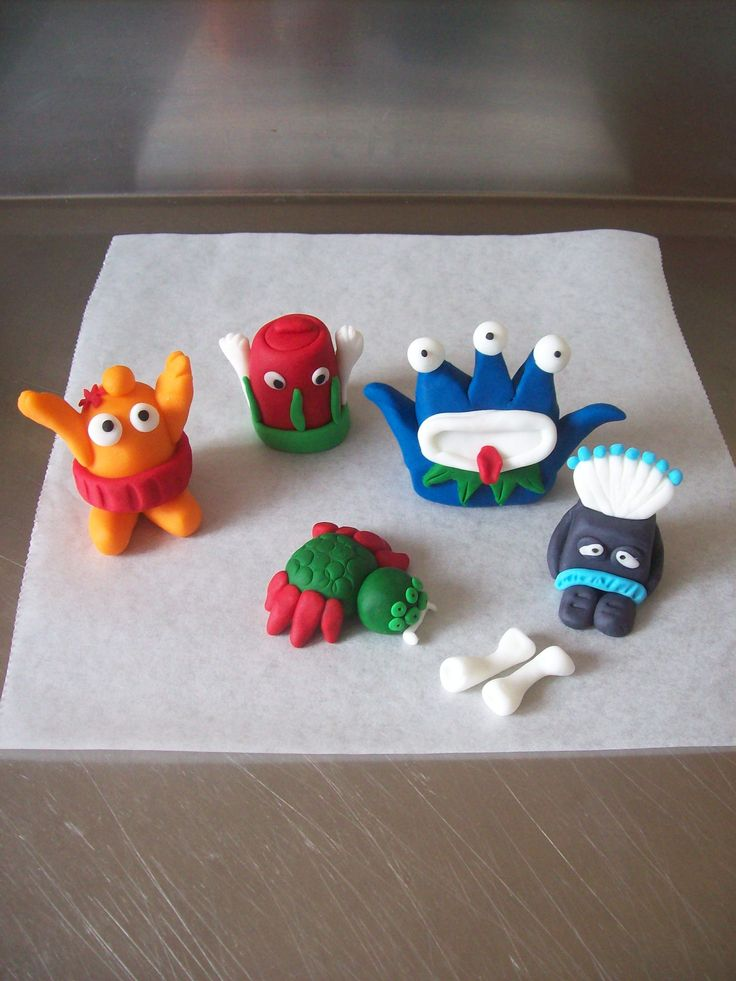 My Trash Pack Cake toppers! cool! tune in next week to see the cake they go on!