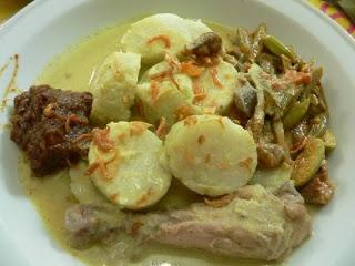 Chicken in coconut gravy (Opor Ayam) - Indonesian food